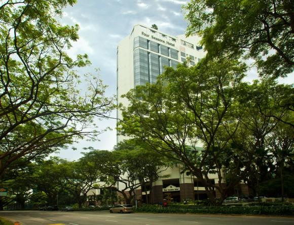 http://www.eurekasingapore.com.sg/resources/content/projects/140224152356_Four-Seasons-Hotel-2.jpg